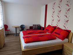 Rotes Zimmer (2)